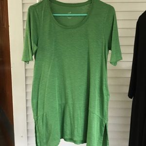 Cute tunic with splits on the side